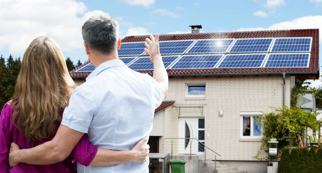 are-solar-panels-right-for-your-family-1260x630px